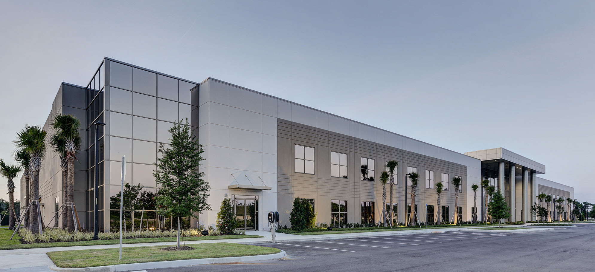 project management new manufacturing facility Answer to case study: new manufacturing facility in china at its january 15 meeting, the board of directors of omega consolidated industries made a decision to.