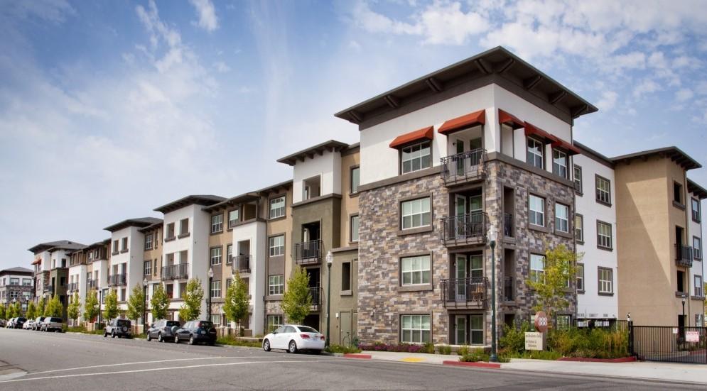 Photo of 888 North San Mateo Drive